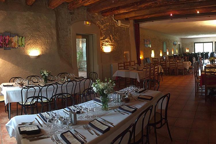 Restaurant Déjeuner Sous L Arbre